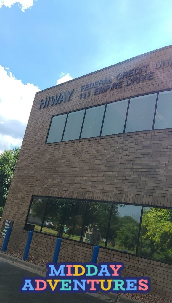 HIWAY Federal Credit Union Review, a picture of their building.