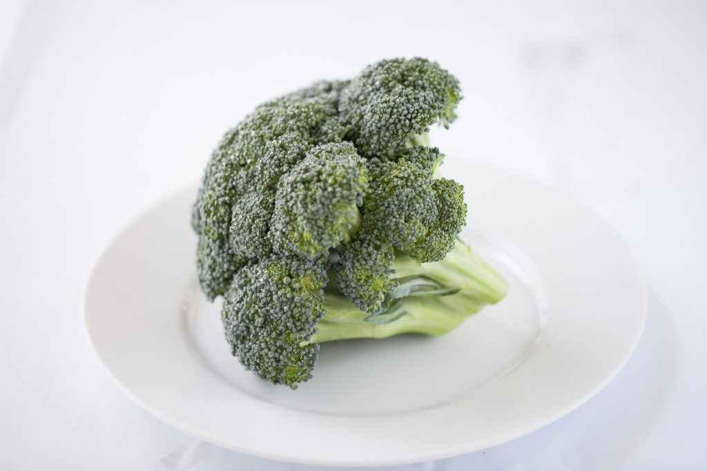 Why Do Bodybuilders Eat Broccoli? Well, the anti-cancer benefits, vitamins, minerals, satiation, protein, and pro-testosterone benefits make it a must have!