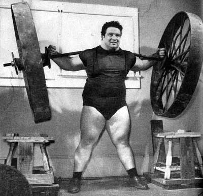 PauL Anderson, one of the most famous powerlifters for his back lift of 6,270 lbs. Andrea787878, Public domain, via Wikimedia Commons