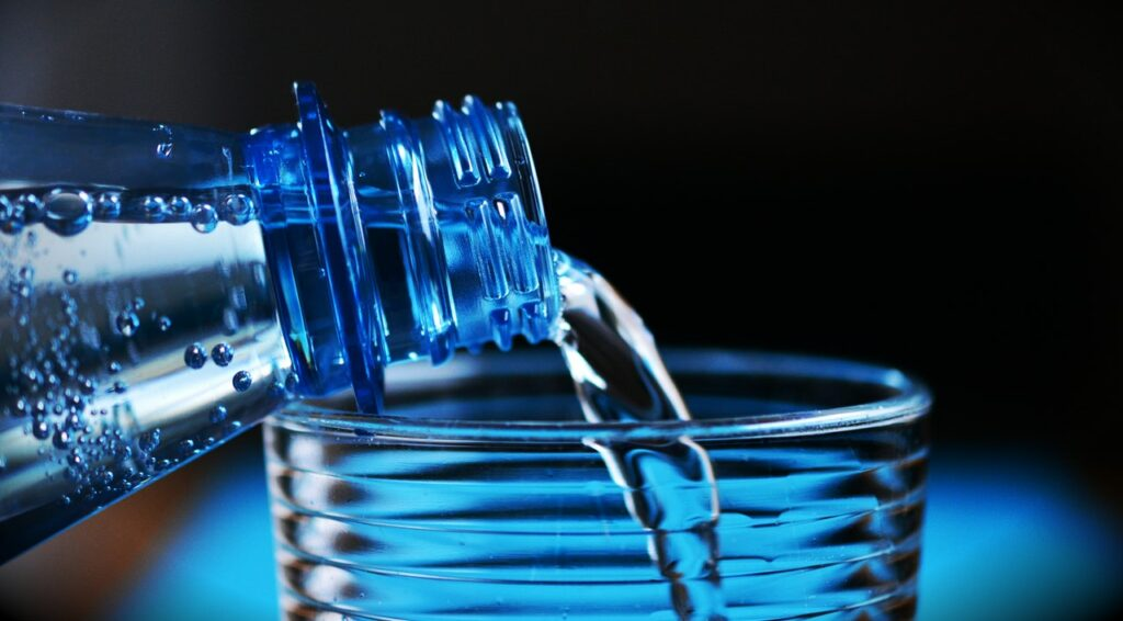 Does Drinking Water Help Muscle Recovery? Yes!