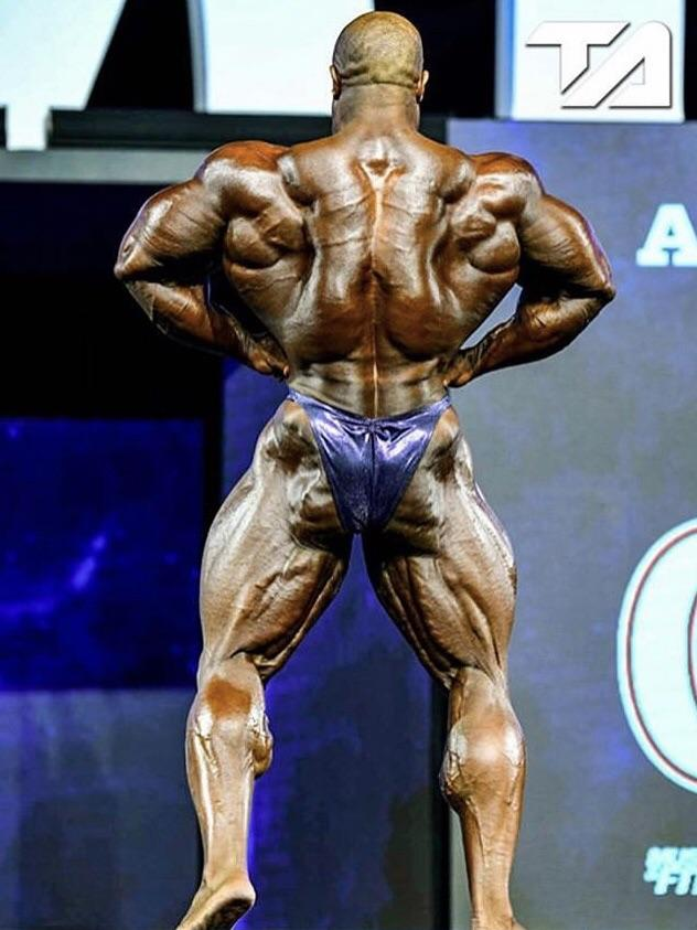 Rear Lat Spread, one of the best bodybuilding poses for showing your back.