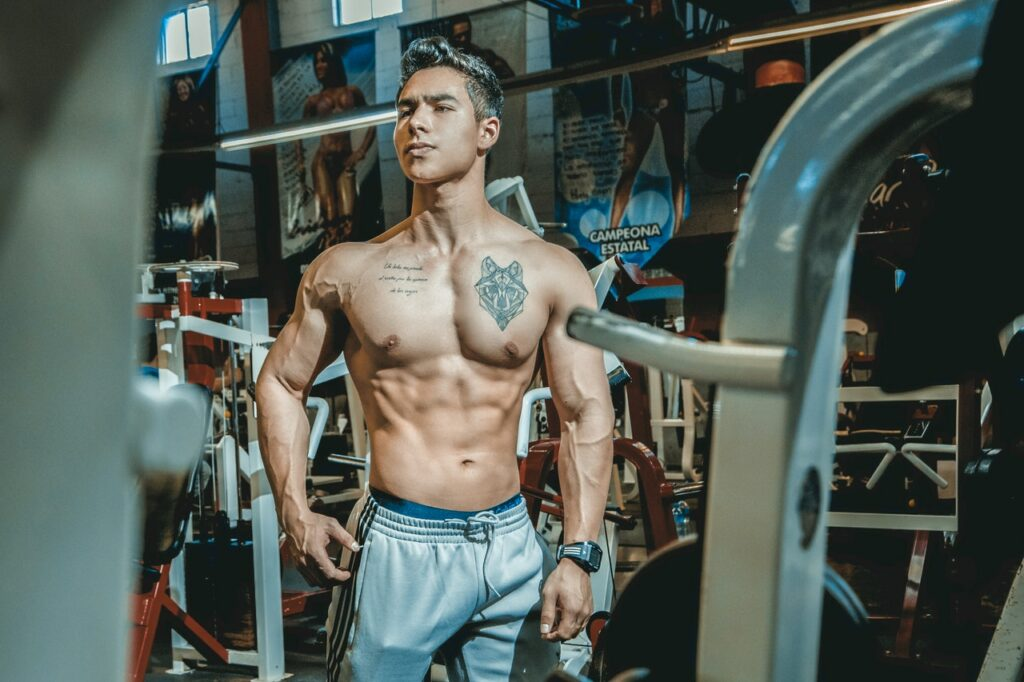 How to train like a bodybuilder. Photo by Sabel Blanco from Pexels